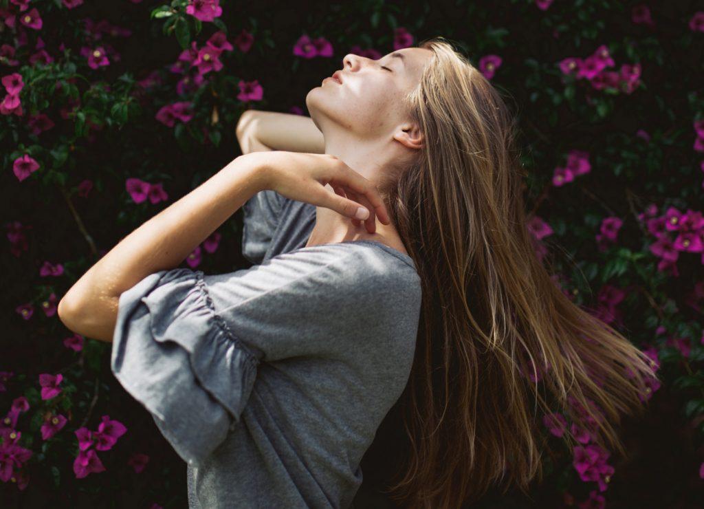 Phụ nữ tuổi 30 có hạnh phúc theo thời gian