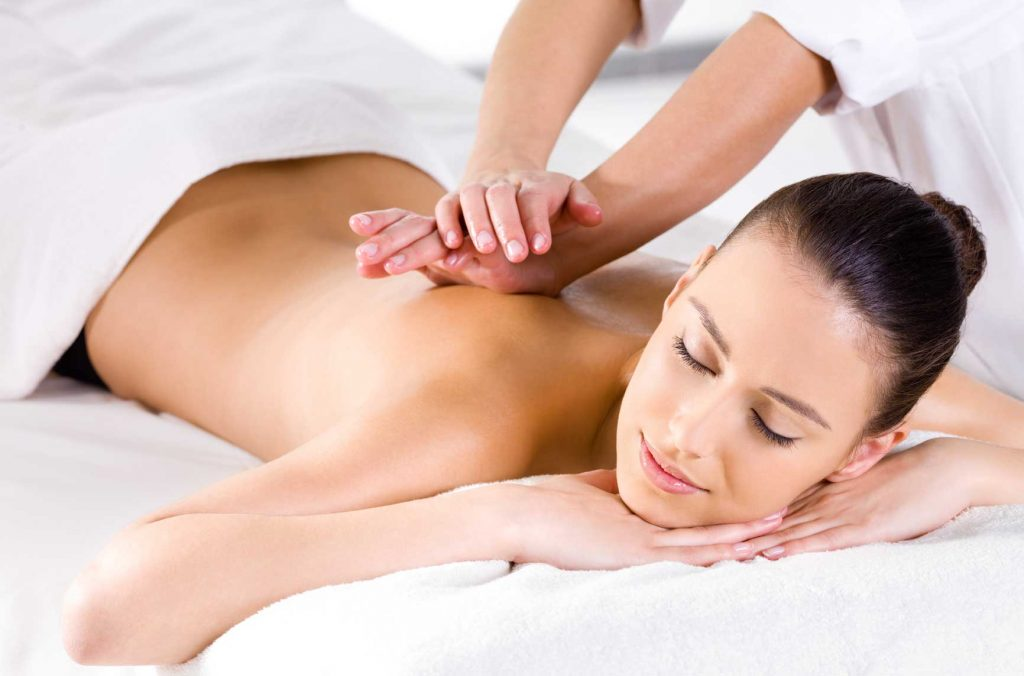 chải da khô massage