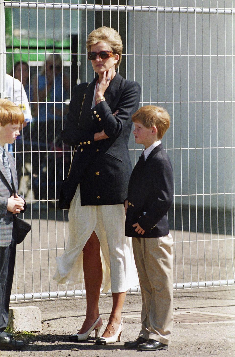 Hoàng tử Harry 10