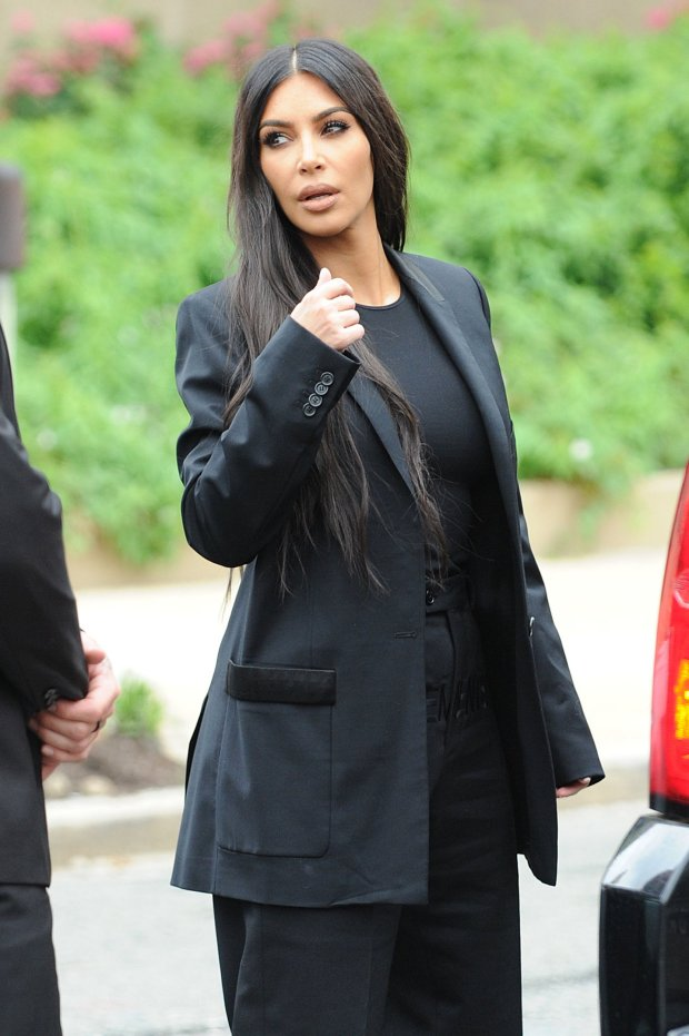 Phong cách thời trang của Kim Kardashian