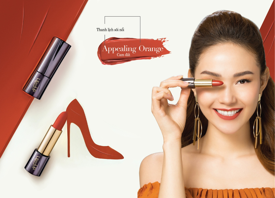 Lip On Lip Charm 5