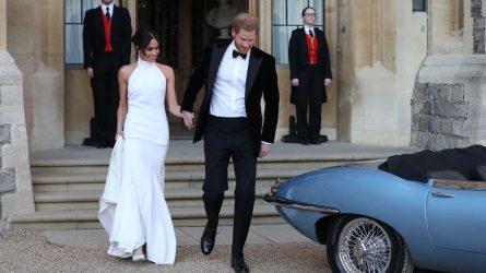 NTK Stella McCartney tái tạo lại chiếc váy cưới của Meghan Markle
