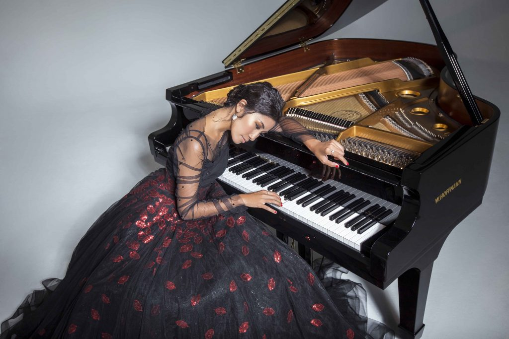 nghệ sĩ piano Vân Anh 3