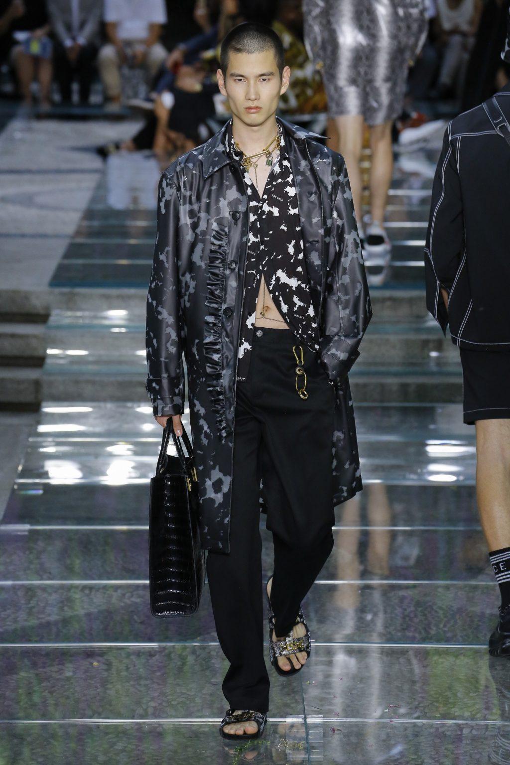 thương hiệu Versace