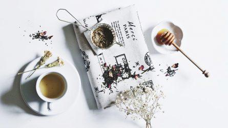 Công dụng tuyệt vời của trà hoa cúc với da, tóc và sức khoẻ