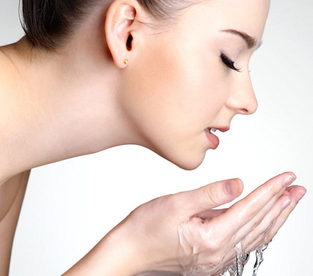 dầu dưỡng da mặt 10
