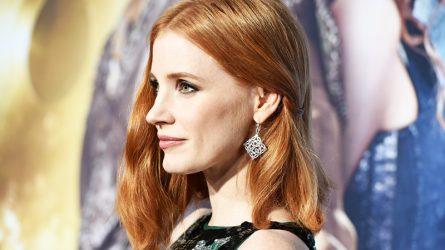 Biến hóa kiểu tóc ngang vai ngoạn mục như sao Hollywood
