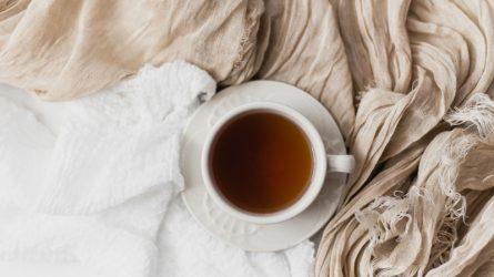 Uống nước đậu đen - Giải nhiệt và làm đẹp theo kiểu Việt Nam