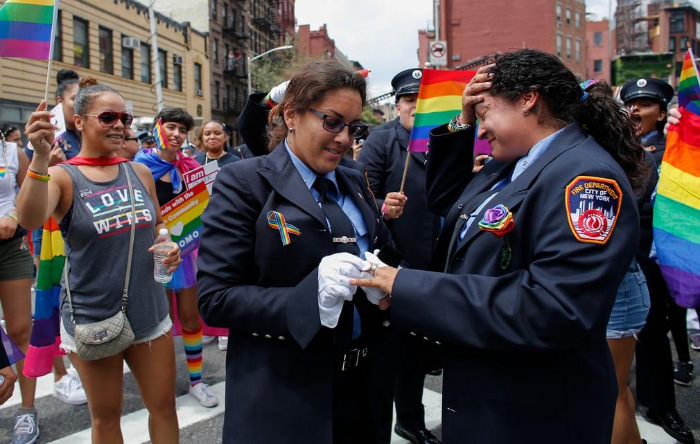 Diễu hành đồng tính 11