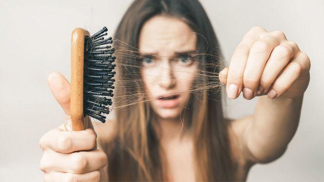 chế độ ăn kiêng rụng tóc