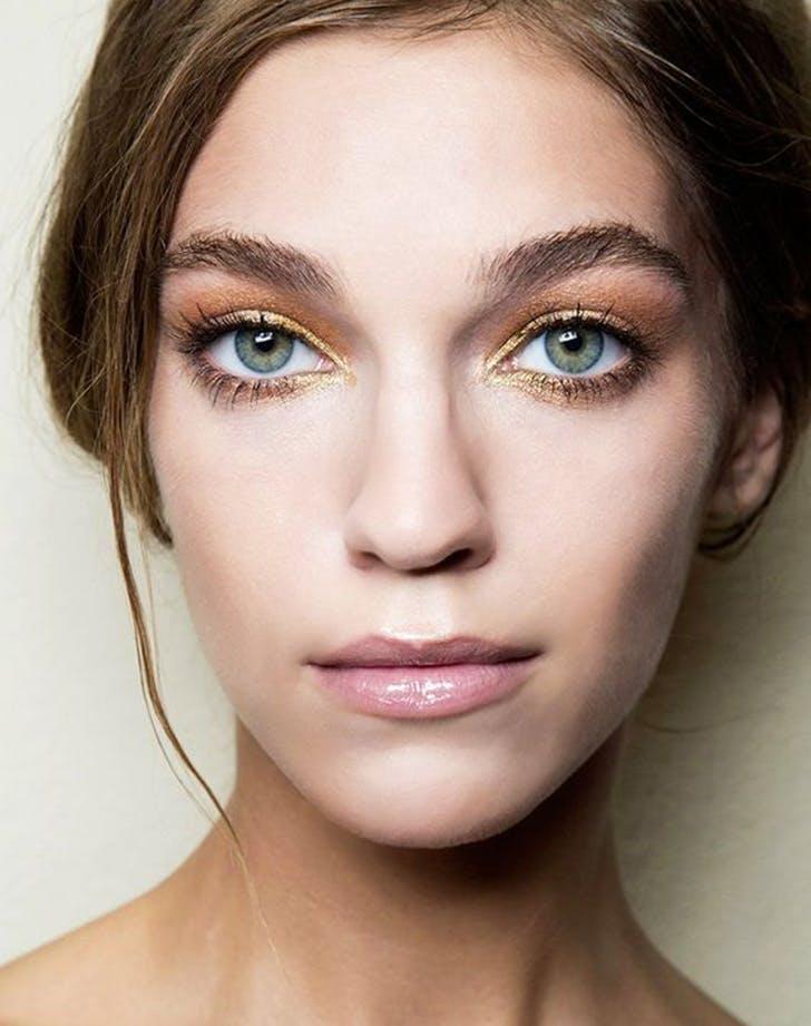 màu chì kẻ mắt gold