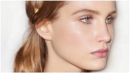 Glossy eyelids – Phong cách trang điểm mắt mơ màng của thập niên 90