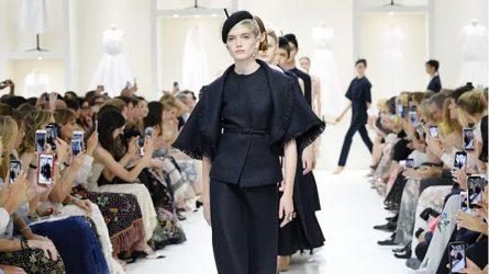 BST Dior Haute Couture 2019 mở ra một không gian hàn lâm mê hoặc