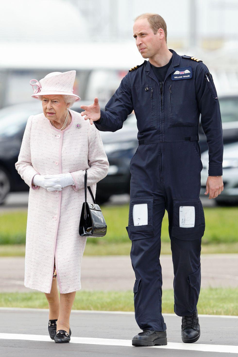 Nữ hoàng Elizabeth 23