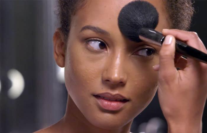 Cách tạo khối cho gương mặt oval bước 4