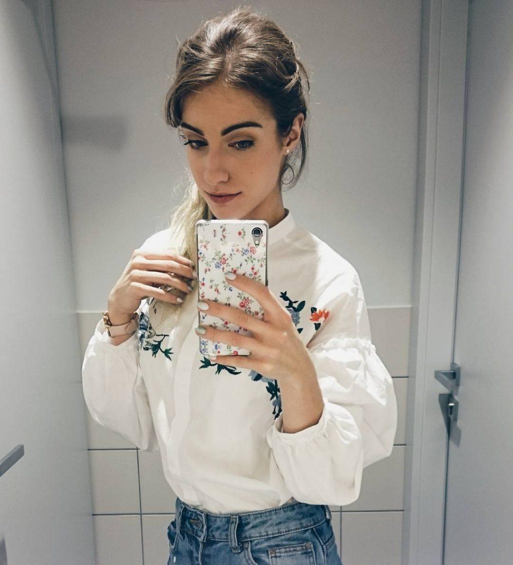 hình selfie 5