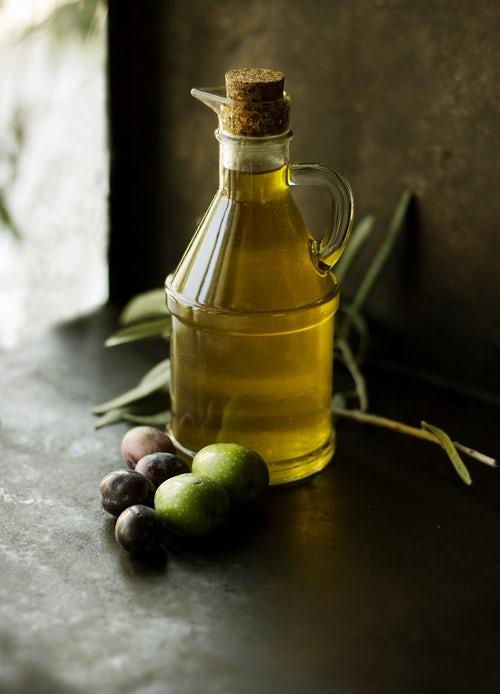 Tinh dầu dưỡng thể olive
