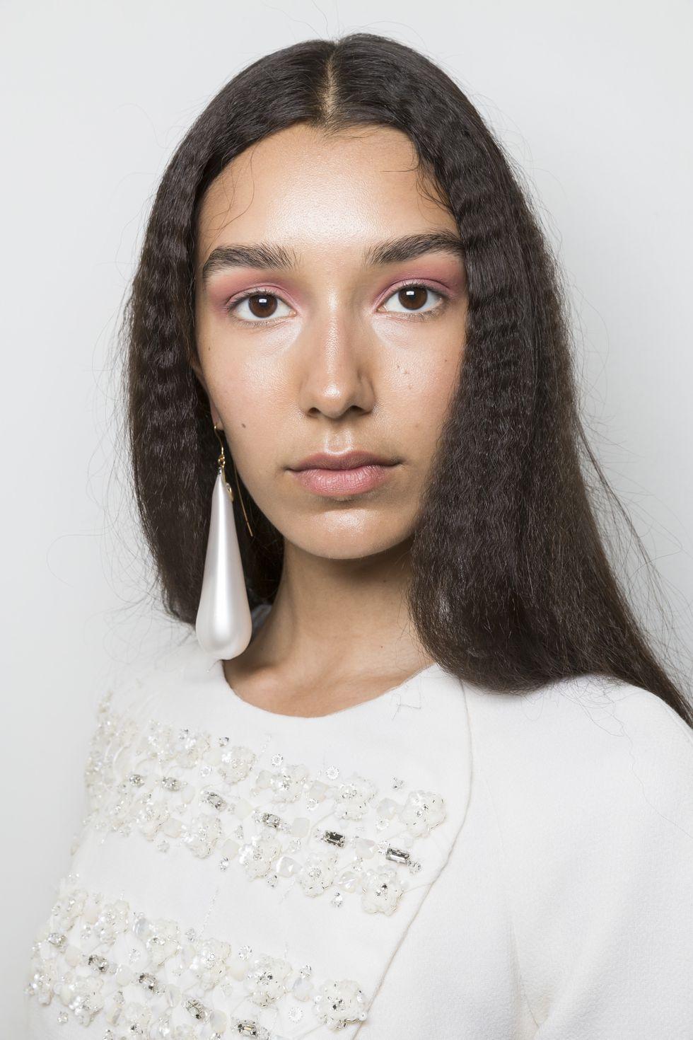 xu hướng làm đẹp tuần lễ thời trang paris haute couture 2018 - 07
