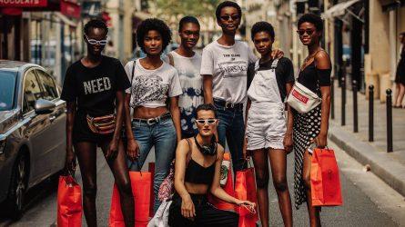 Người mẫu da màu chiếm lĩnh sàn diễn tuần lễ thời trang Haute Couture Thu -  Đông 2018