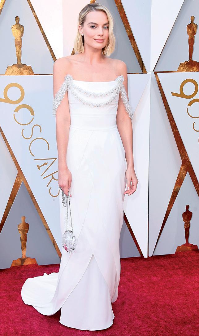 phong cách thời trang của Margot Robbie 1