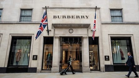 Thương hiệu Burberry thay đổi chiến lược ra mắt dưới quyền Ricarrdo Tisci