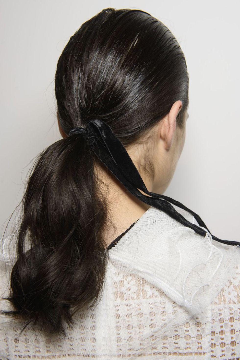 tạo kiểu tóc bora aksu