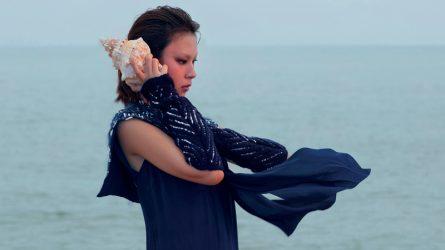 Bộ ảnh thời trang: Tiếng sóng