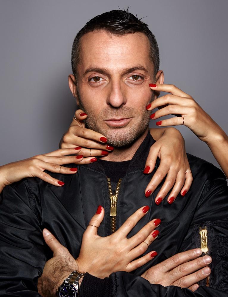 Nhà thiết kế Alexandre Vauthier 1