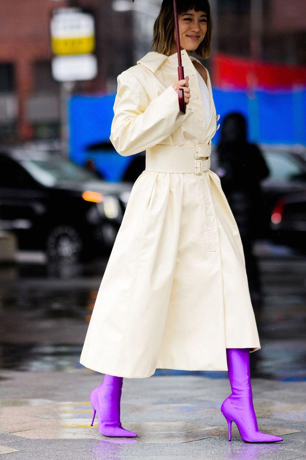phong cách phối đồ ngày mưa 9
