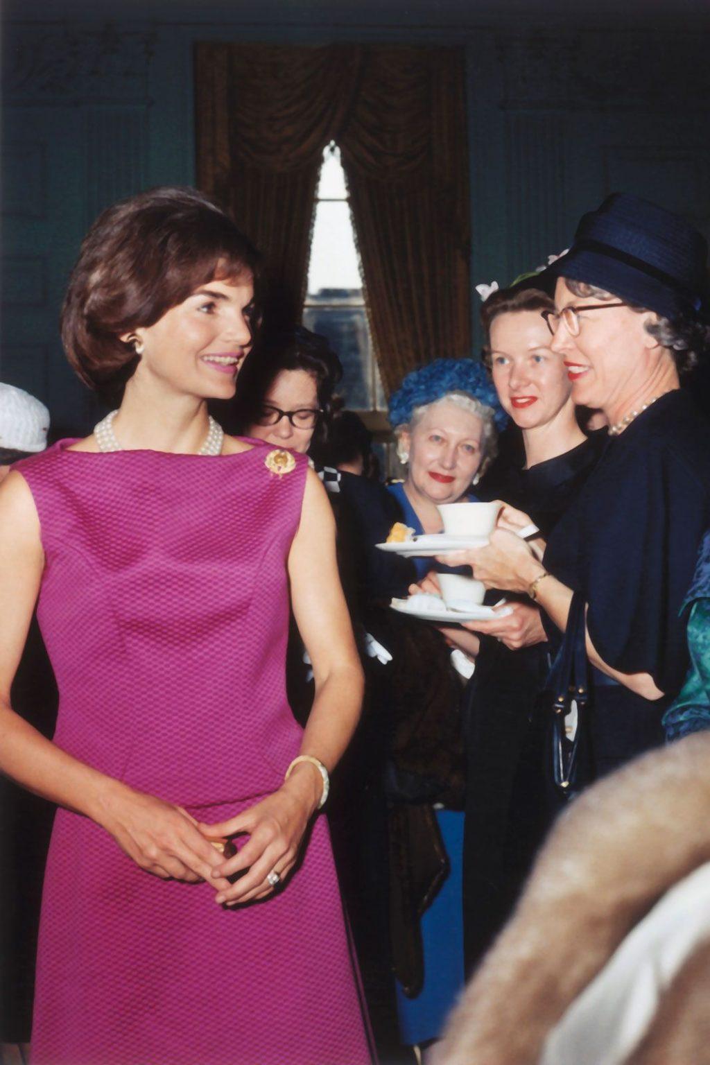 biểu tượng thời trang Jackie Kennedy 10
