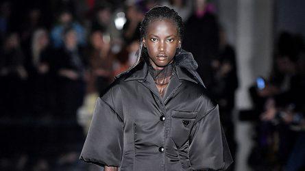 Anok Yai – Người mẫu da màu tiếp bước Naomi Campbell mở màn cho Prada sau 20 năm