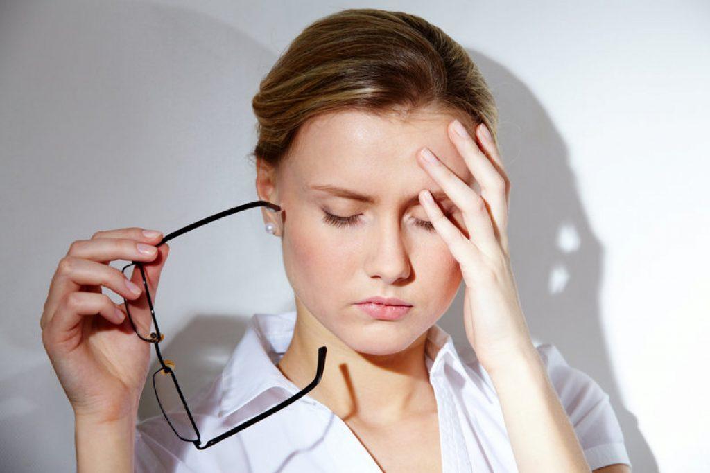 da mặt sạm đen stress