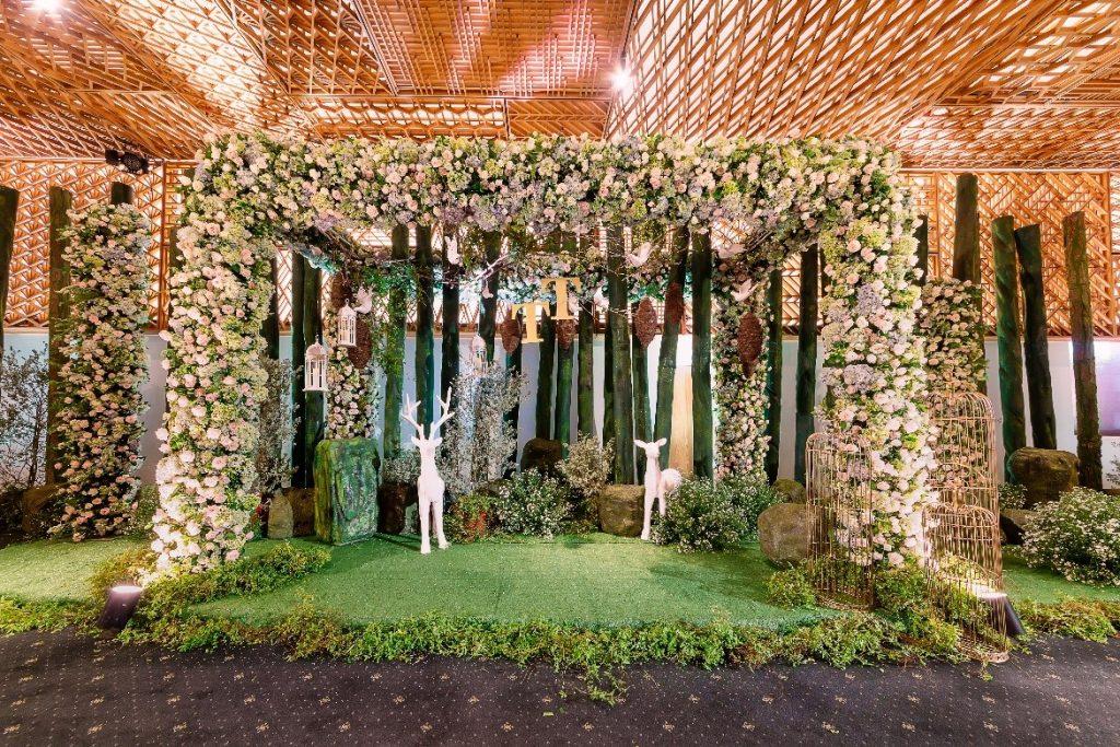 trang trí tiệc cưới gem center - 04