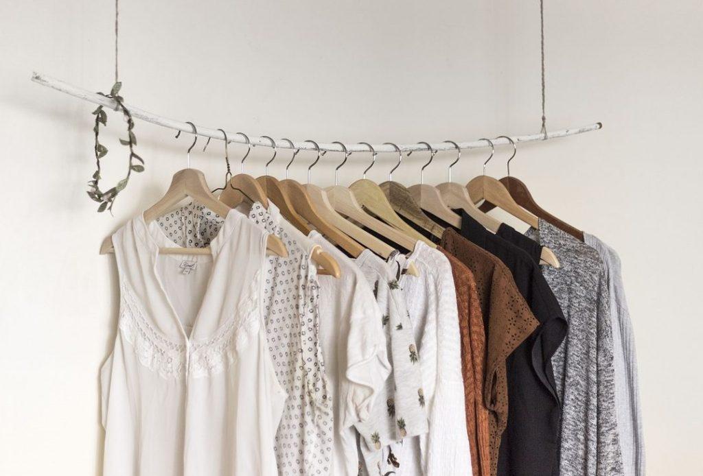 bí quyết mua sắm quần áo cũ 4