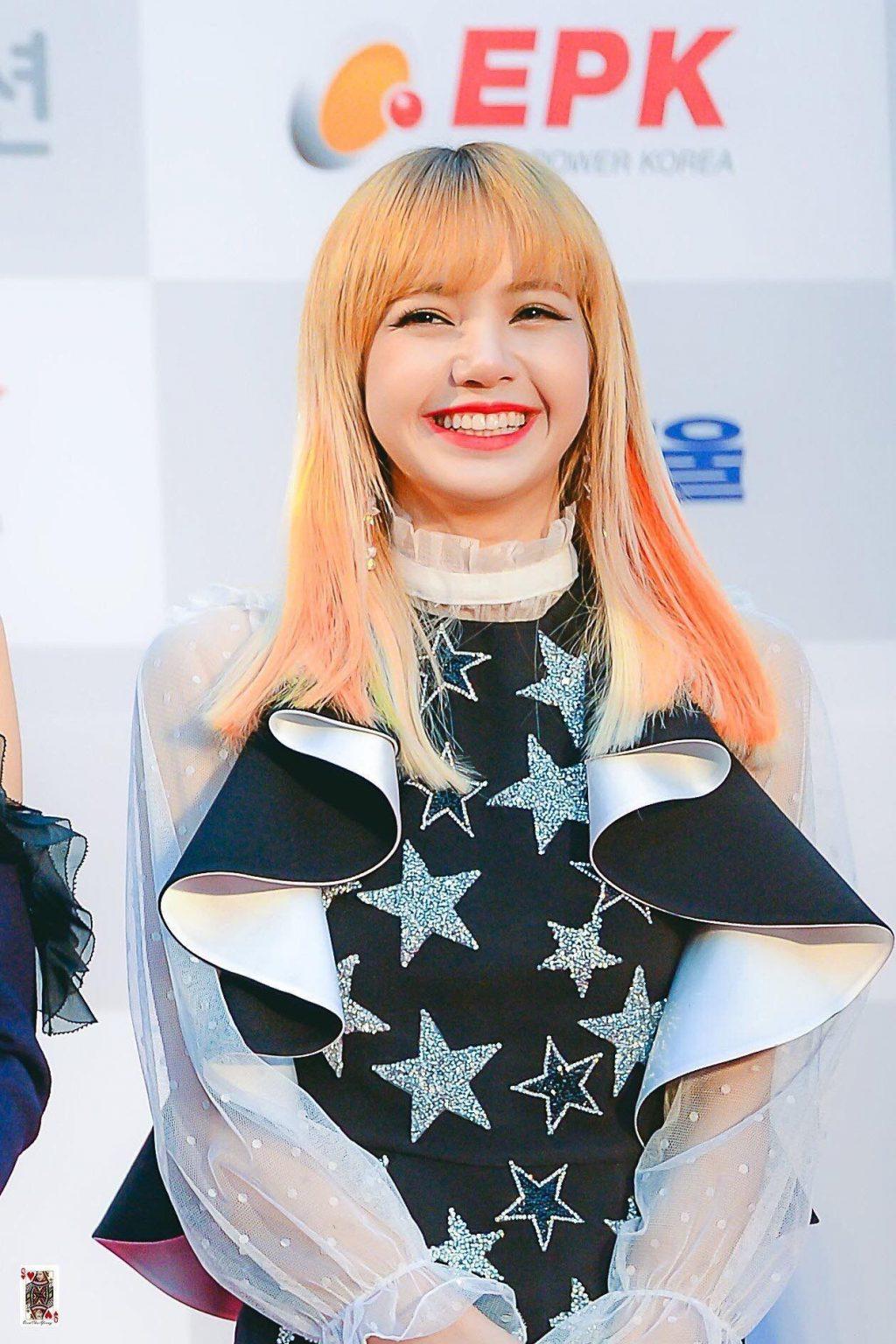 Lisa màu tóc_GramUnion
