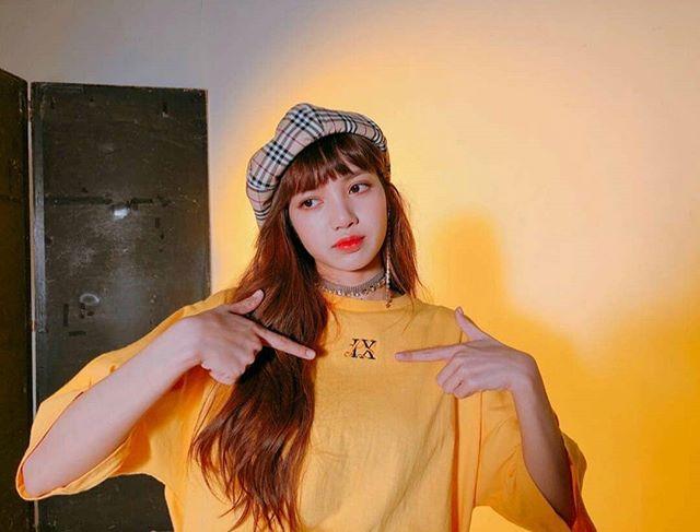 Lisa màu tóc_Instagram3