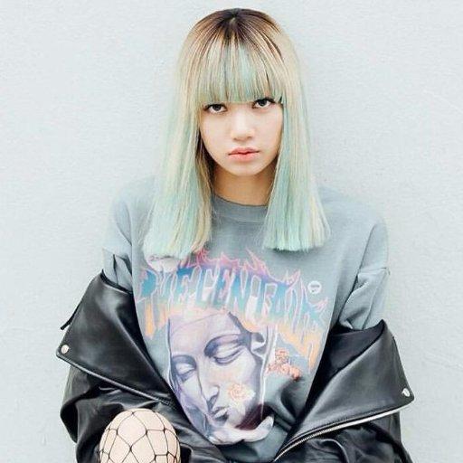Lisa màu tóc_Twitter1