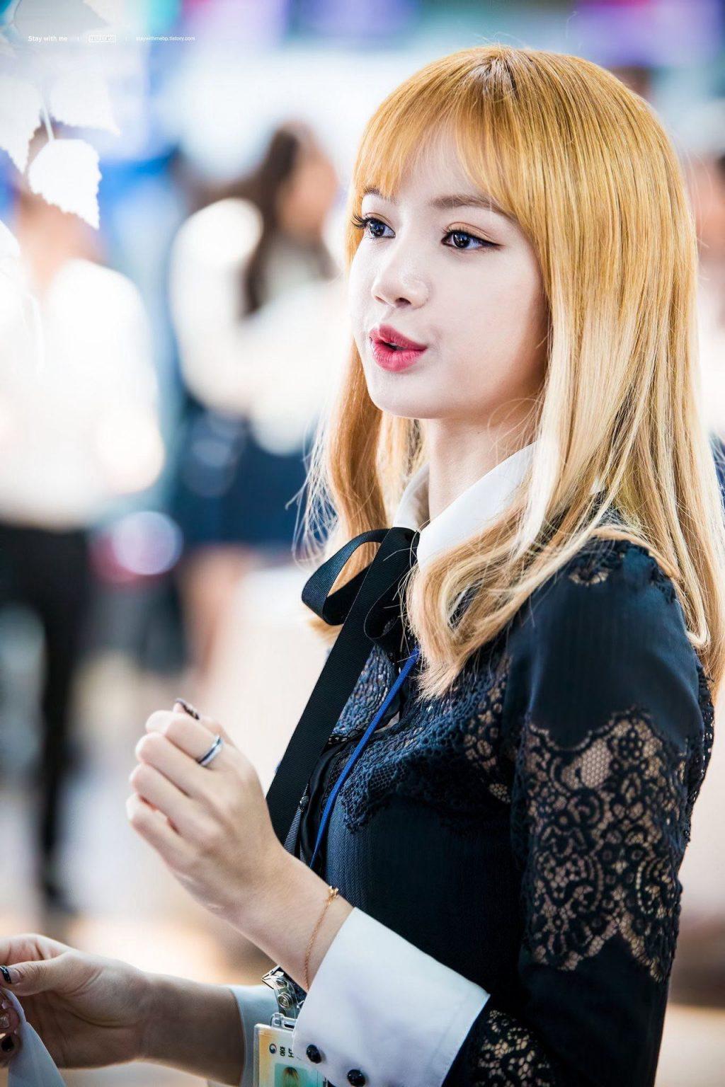 Lisa màu tóc_YESASIA2