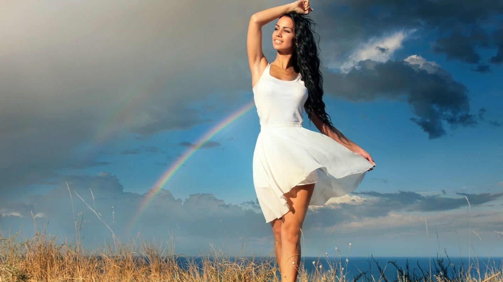 Sự thật về tác dụng thải độc cơ thể của chế độ detox | ELLE