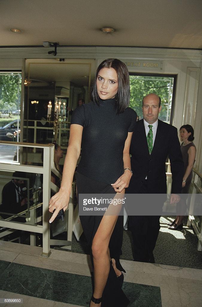 biểu tượng thời trang Victoria Beckham 10
