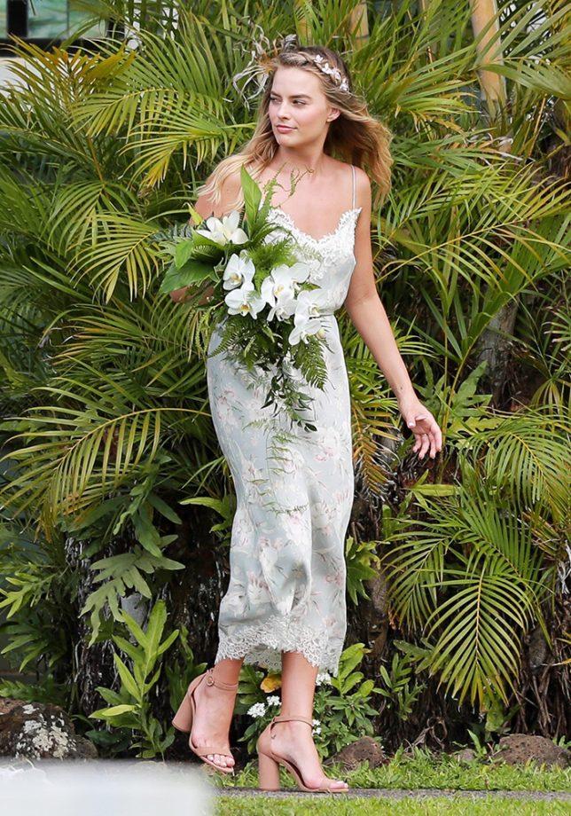 trang phục dự tiệc cưới 4