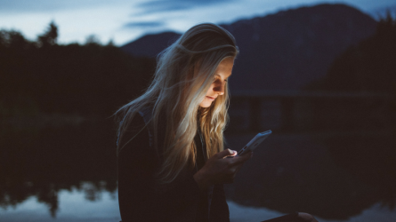 5 dấu hiệu cho thấy bạn đang bị căng thẳng trong thời đại công nghệ