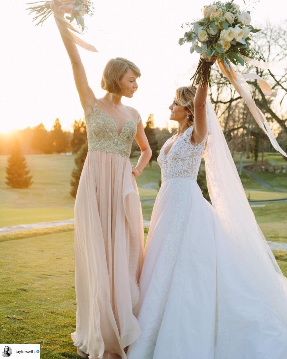 trang phục dự tiệc cưới taylor swift 2