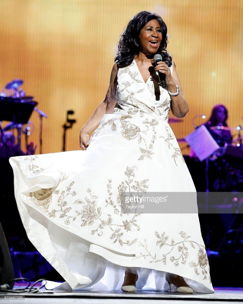 thời trang nữ quyền của Aretha Franklin 20