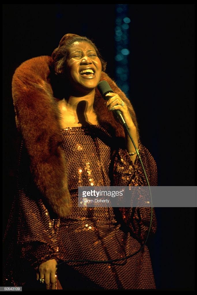 thời trang nữ quyền của Aretha Franklin 6