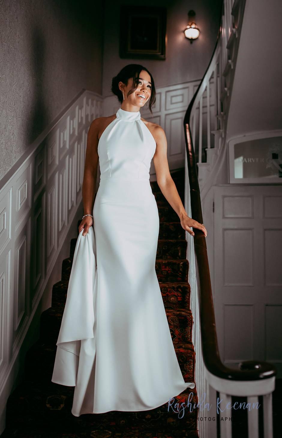 NTK Stella McCartney váy cưới của Meghan Markle_Elle_Vietnam10