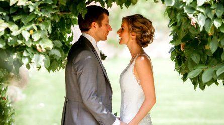 Ưu điểm và khuyết điểm khi kết hôn với 12 cung hoàng đạo nam là gì?