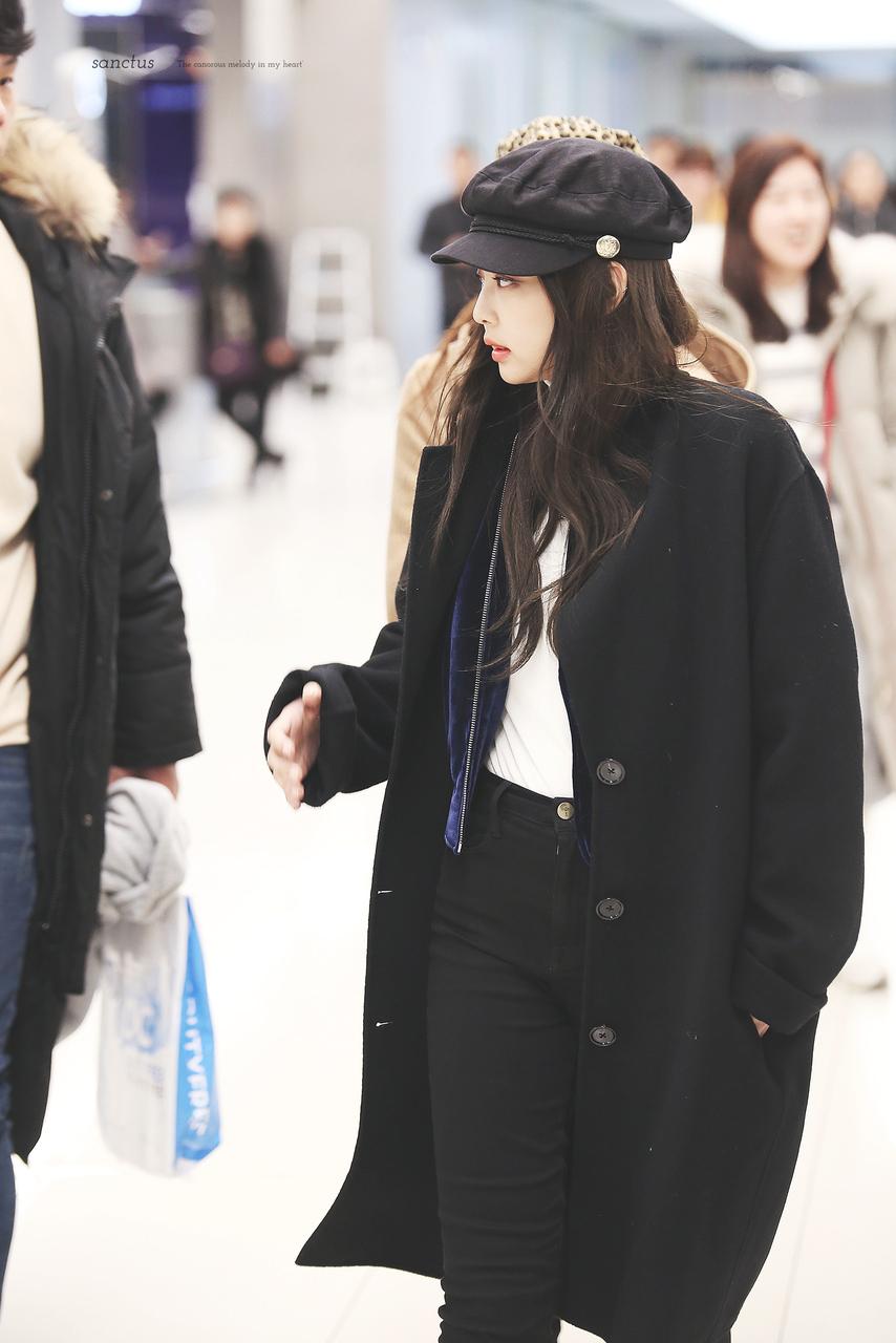 áo khoác mùa Thu Jennie Kim 12