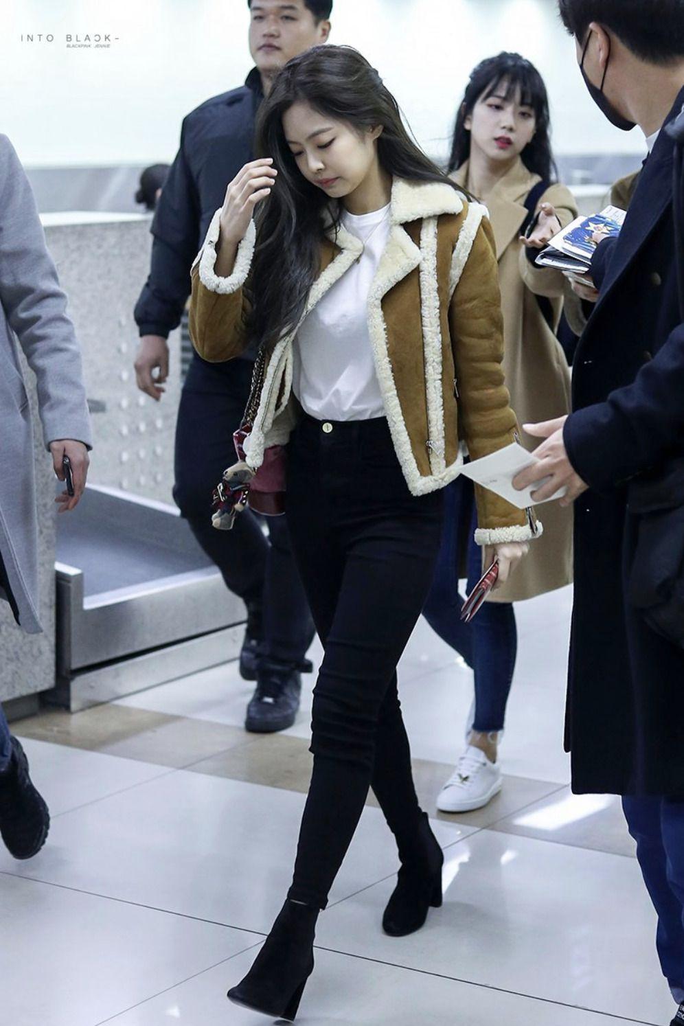 áo khoác mùa Thu Jennie Kim 5