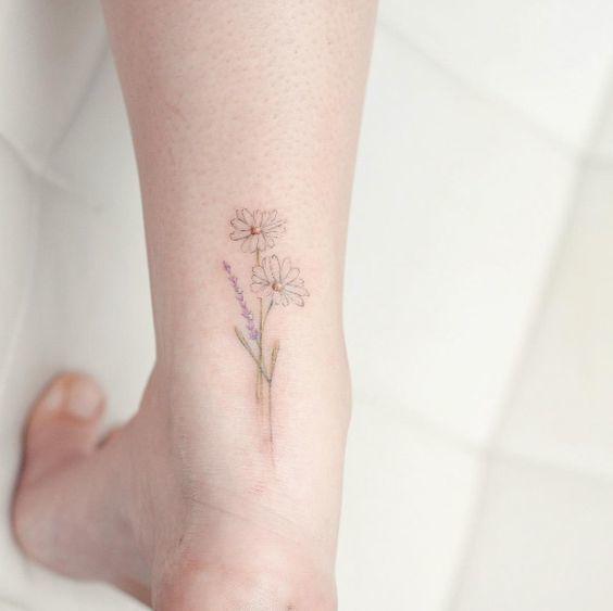 hình xăm cổ chân